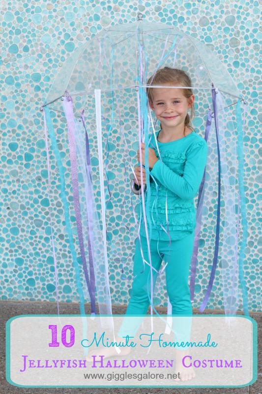 10-Minute-Homemade-Jellyfish-Halloween-Costume_Giggles-Galore