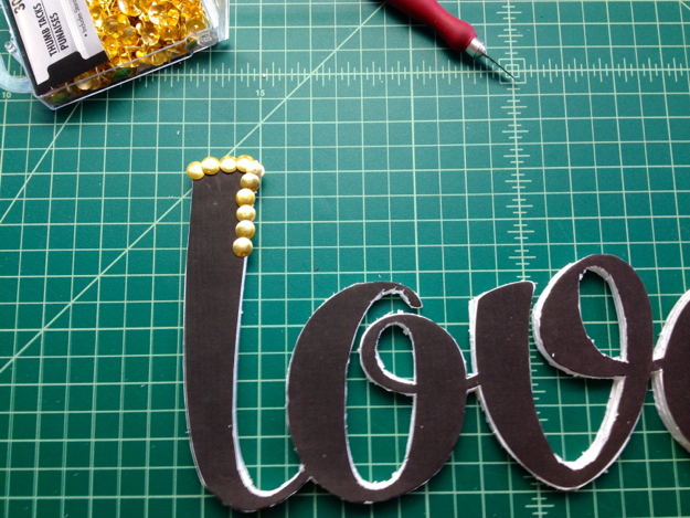 Dollar-Store-Crafts-How-to-Make-Word-Art06