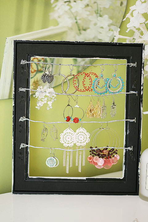 shabby-chic-altered-picture-frame-dangly-earring-jewelry-display-holder-12