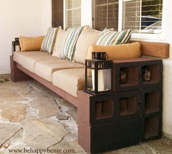 cinder block couch- DIYscoop.com