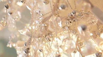 garland for chandelier- DIYscoop.com