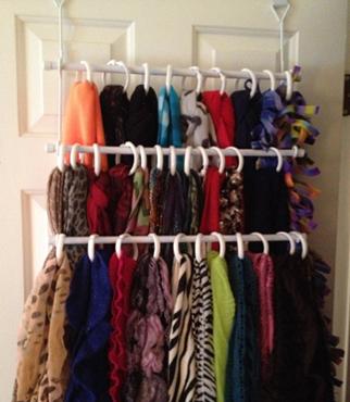 scarf organizer- DIYscoop.com