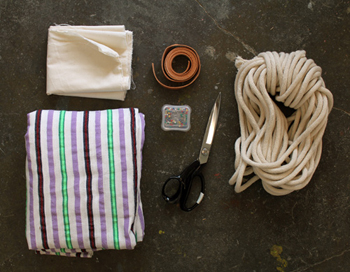 supplies for fabric hammock- DIYscoop.com